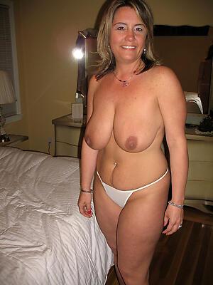 Amateur private nude women porn pics