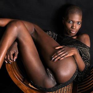 Hot ebony mature milf porn pics