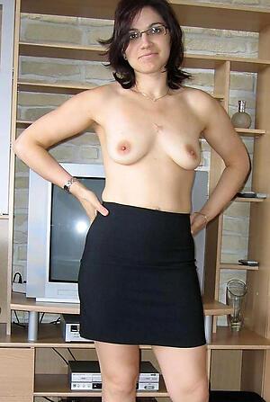 Naked hot brunette mature pics