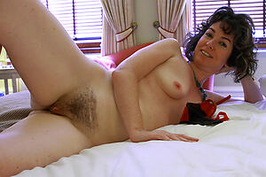Slutty mature hairy vaginas amateur nude pictures