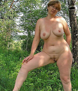 Naughty grown up nudes pussy pics