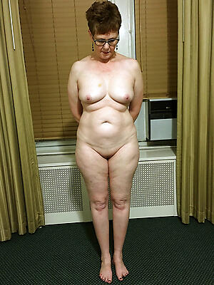 Pretty hot nude mature women