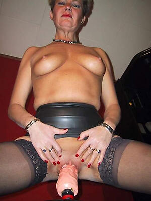 Hot mature pussy play slut pics