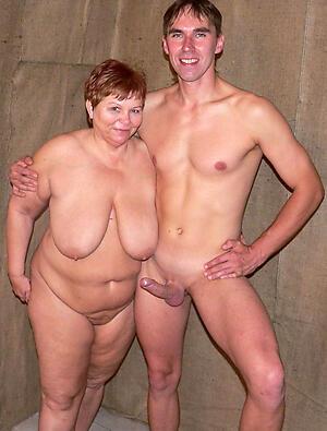 Pulling mature uk couples
