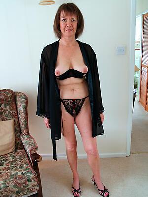 Vacant gorgeous mature ladies porn