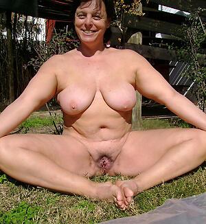 Amateur mature nude battalion free photo