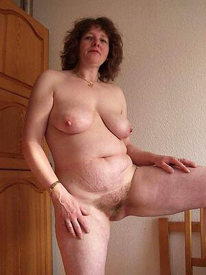Beautiful wild mature moms nude