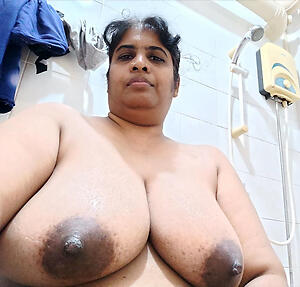 Naked mature indian pussy photo