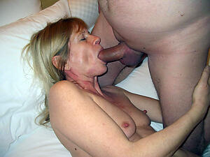 Naughty mature fuck pictures