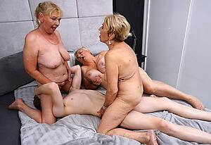 Untrained pics of mature group fuck