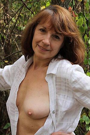 Hot classic mature women porn pics