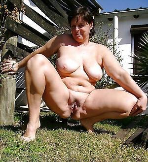 Pussy special mature porn pics