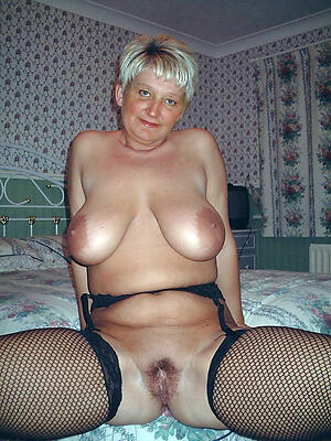 Gorgeous hot mature domineer pics
