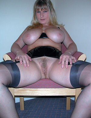 Naughty naked mature super pics