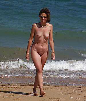 Matured women on beach pussy pics