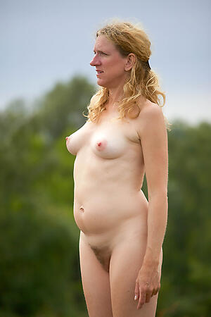 Bared mature women beach