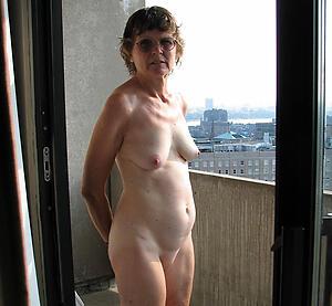 Hot porn of mature granny sluts