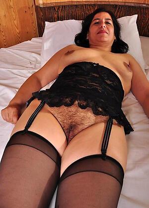 Mature latina whores pussy pics