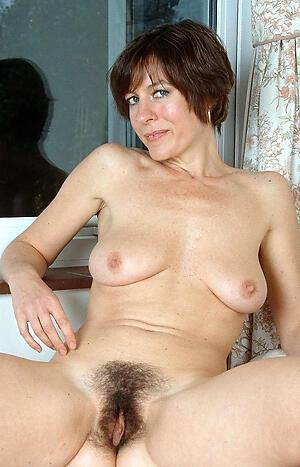 Hairy mature milf slut pics