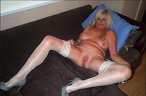 Amateur xxx mature women slut pics