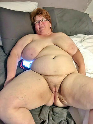 Comely mature bbw pussy photo