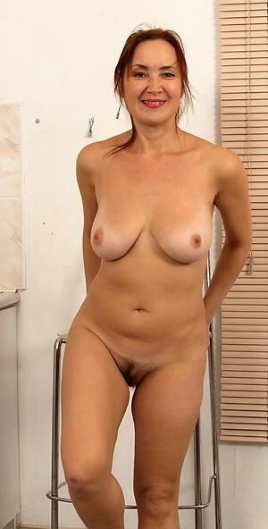Naked matured women over 40 old bag pics