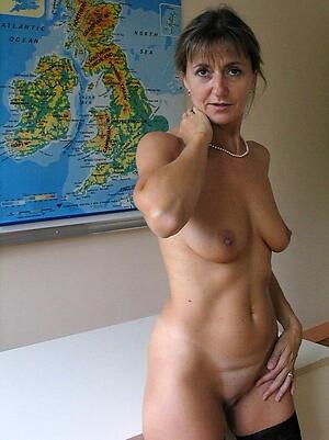 Naked naked mature ladies porn pics