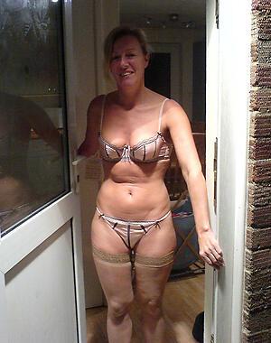 Amateur pics of hot matures in lingerie