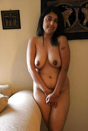 Mature indian babes pussy pics