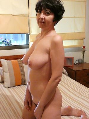 Naked sexy mature sluts