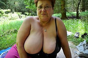 Reality mature granny nude pics