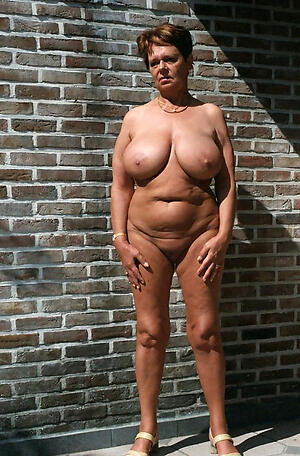 Slutty mature naturals naked snapshot