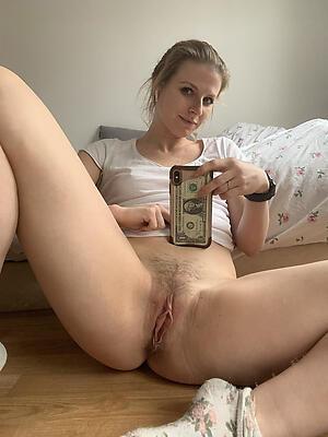 Xxx mature selfshots naked buckshot