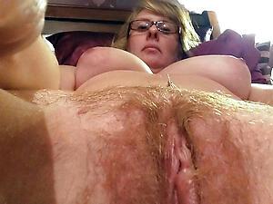 Naughty mature selfshot amateur naked photo