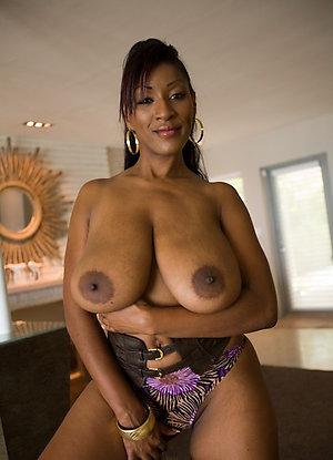 Pretty nude ebony women amateur pics