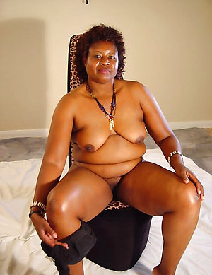 Xxx ebony older ladies photos