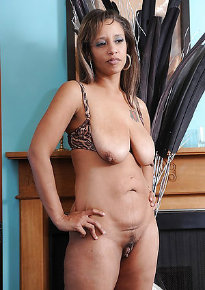 Sweet ebony older mom porn photo