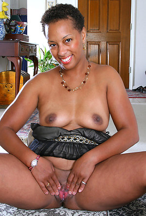 Xxx black mature women porn pics