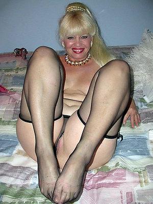 Slutty mature feet sex galleries