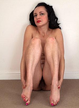 Real sexy women feet pics