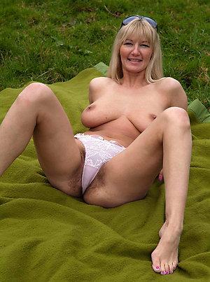 Amazing hot older wife feet