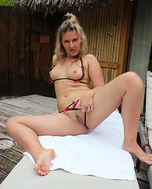 Cool beautiful mature feet sex pics