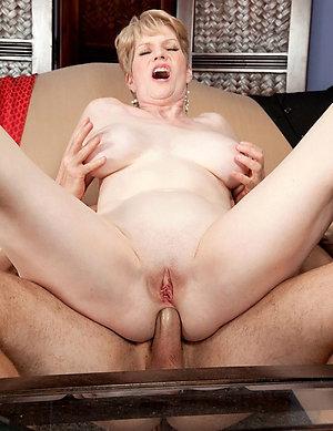 Pics of fucking mature women