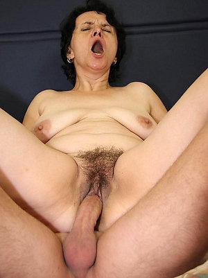 Free sexy mature slut gets fucked