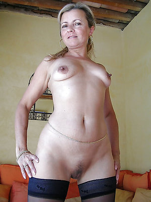 Nude older milf ex girlfriend pics