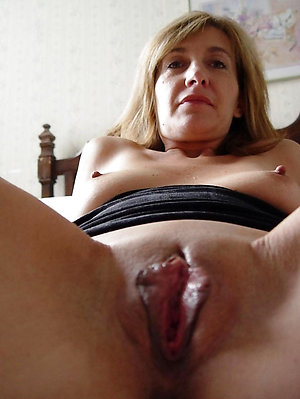 Best pics of mature girlfriend nude