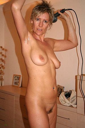 Xxx hot nude mature girlfriend photos
