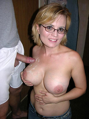 Gorgeous mature girlfriend nude pictures