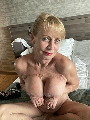 Handsome ex girlfriends nude pics