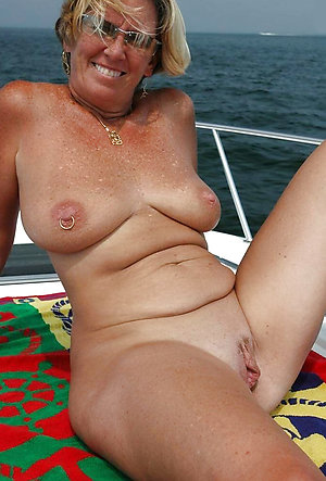 Amazing nude mature ex girlfriend pictures